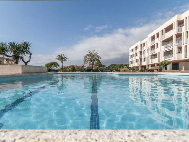 Sale - Apartment - Gava - Gava